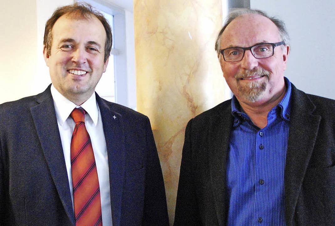 Dekan Rüdiger Schulze, Pfarrer Joachim Knab  | Foto: Sylvia-Karina Jahn