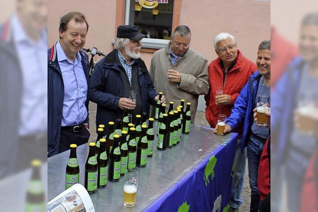 Hirsch in Pink und Heimat in der Bierflasche