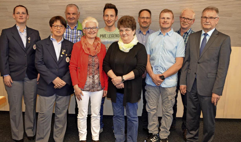 Ehrung verdienter Blutspender: Kathari... Bürgermeister Josef Ruf (von links).   | Foto: Nikolaus Bayer