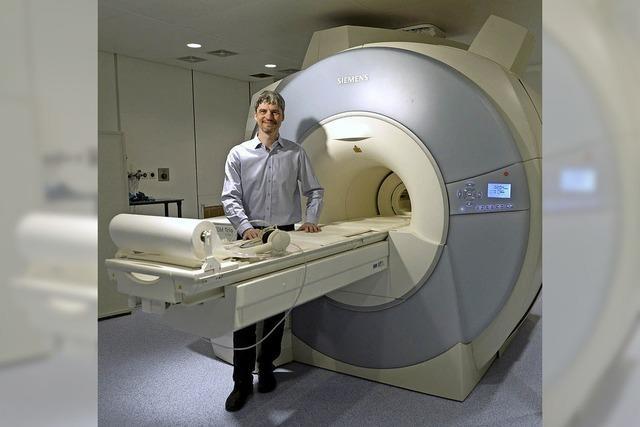 Freiburger Forscher will MRT-Aufnahmen für die Brustkrebsfrüherkennung verbessern
