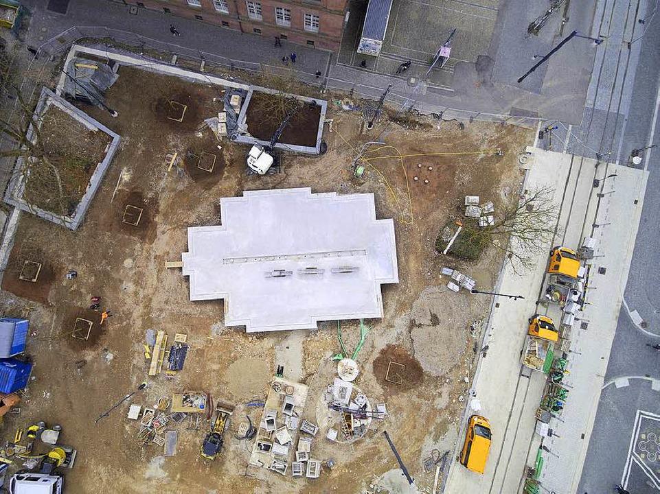 Der Umriss der Alten Synagoge (rechtes... der Vogelperspektive gut zu erkennen.  | Foto: Michael Saurer