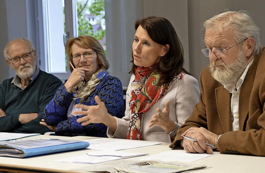 Wilhelm Hundorf, Karin Paulsen-Zenke, ...-Sutter und Alfred Winkler (von links)  | Foto: Horatio Gollin