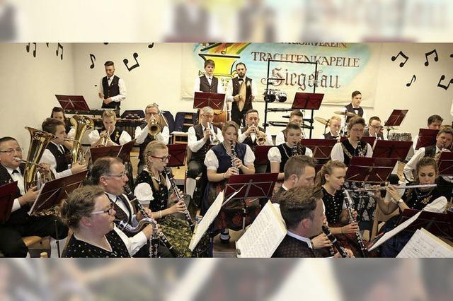 Applaus für Nostalgie in Siegelau