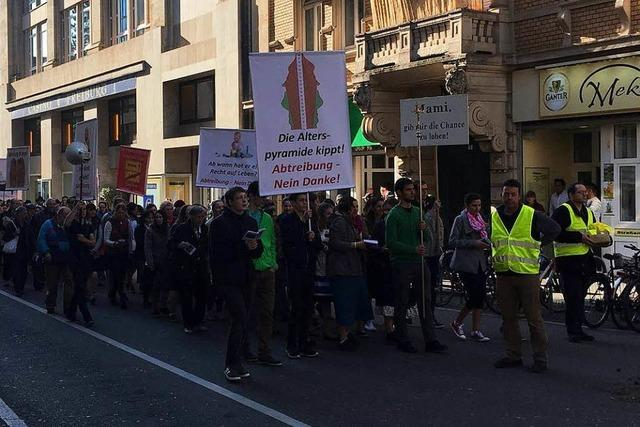 Piusbrüder haben in der Freiburger Innenstadt demonstriert – vier Festnahmen