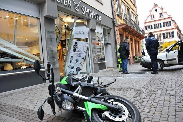Polizei nimmt Räuber-Trio bei erneutem Einbruch bei Juwelier auf frischer Tat fest