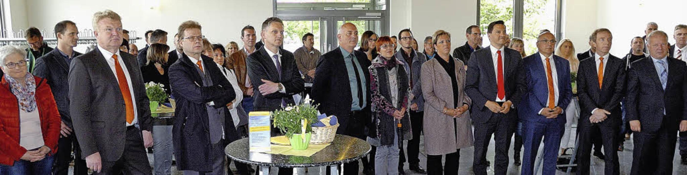 Zur Eröffnung der fünften Leistungssch...itik und Wirtschaft willkommen heißen.  | Foto: Jürgen Schweizer