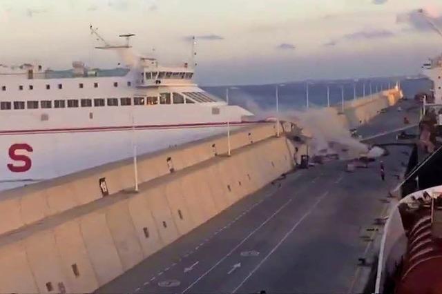 Vor Gran Canaria fließt nach Fährunfall Treibstoff ins Meer