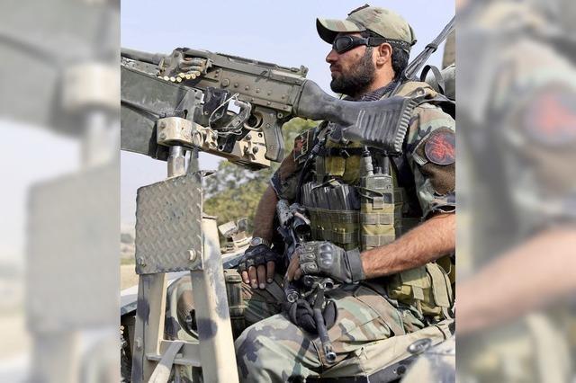 Taliban überrennen Hauptquartier