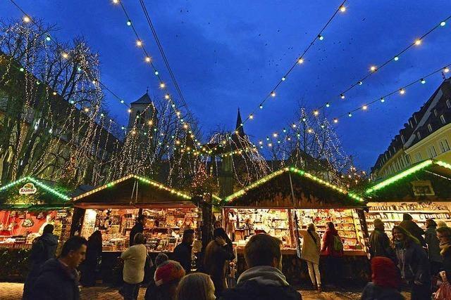 Wer kriegt die heiß begehrten Glühweinstände auf dem Freiburger Weihnachtsmarkt?