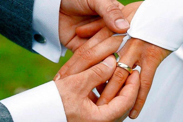 Umverteilung war einmal: Heiraten Reiche nur noch Reiche?