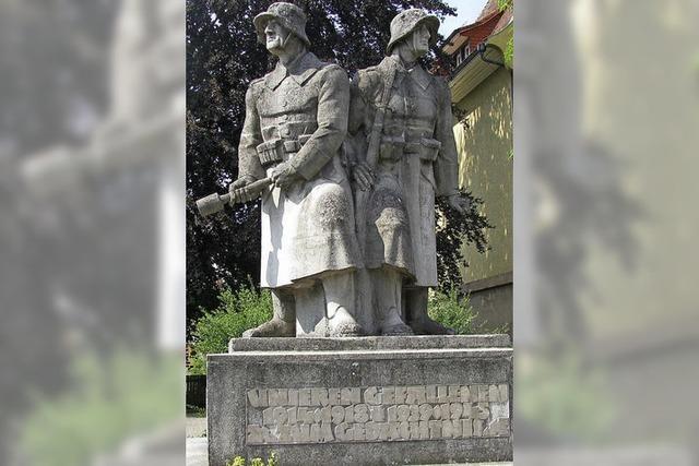 Wieder Streit ums Kriegerdenkmal