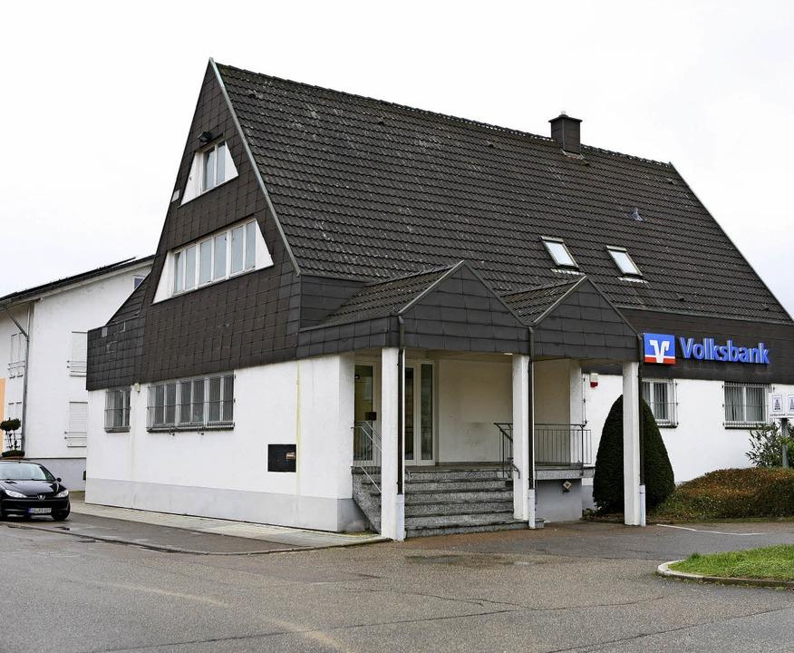 Die ehemalige Volksbank in Nonnenweier     Foto: Bastian Bernhardt