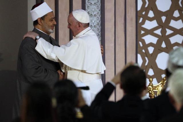 Papst nimmt Kairo in die Pflicht - Schulterschluss und ein Seitenhieb