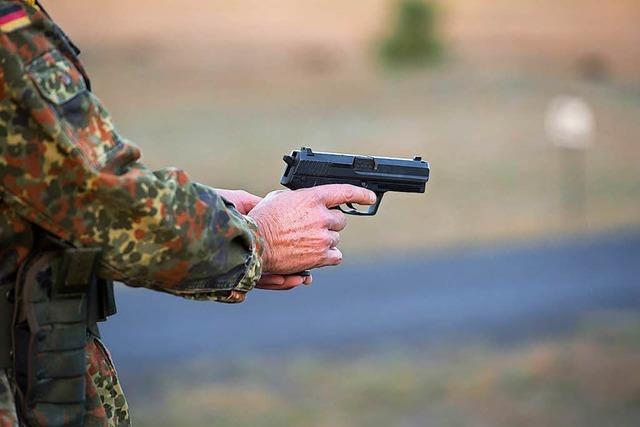Bundeswehr unter Druck: Frühe Hinweise auf Franco A. nicht beachtet?