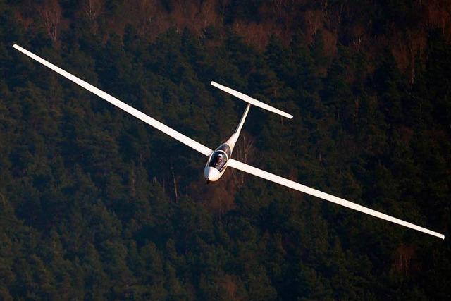 Zwei Segelflugzeuge stoßen über Buchenbach zusammen