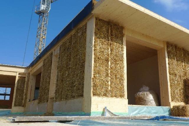 Wird im Dreiländereck bald mit Stroh anstelle von Beton gebaut?