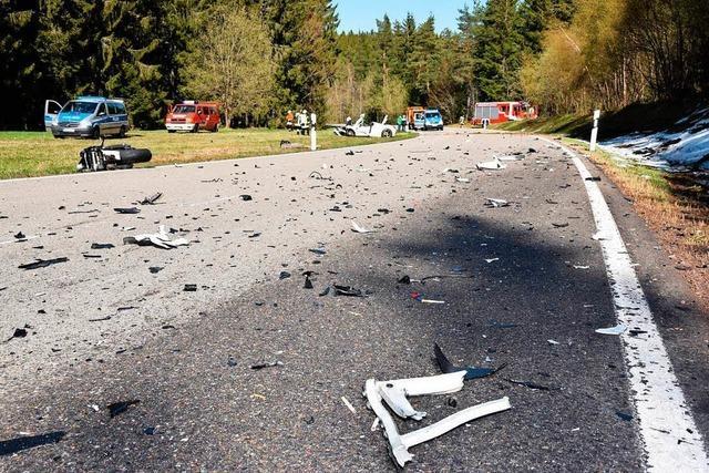 Schwerer Motorradunfall zwischen Lenzkirch und Schluchsee