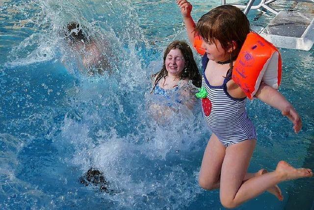 Schwimmbadsaison in Staufen eröffnet