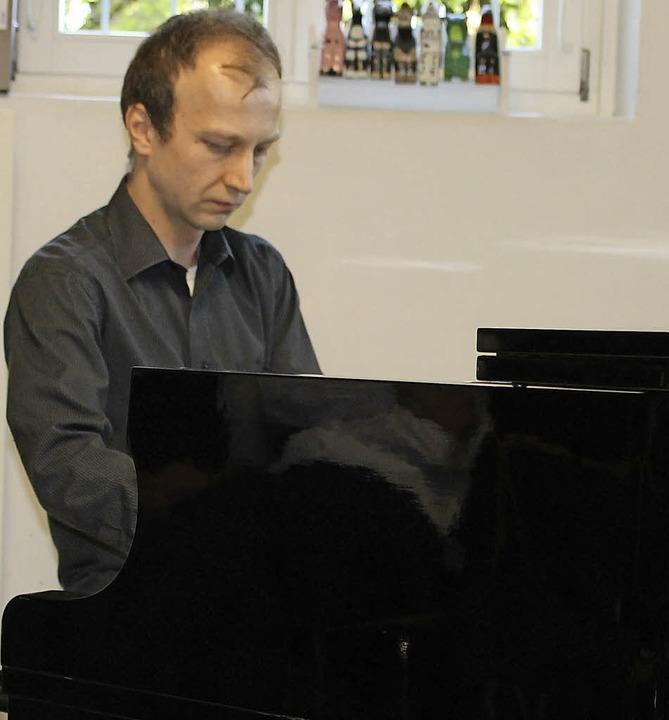 Pianist Bogdan Vaida wirkte sehr leide...em kürzlichen Auftritt  in Laufenburg.  | Foto: Michelle Güntert