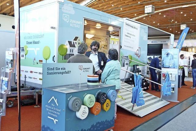 Mobiles Energiesparhaus auf dem Frühlingsmarkt