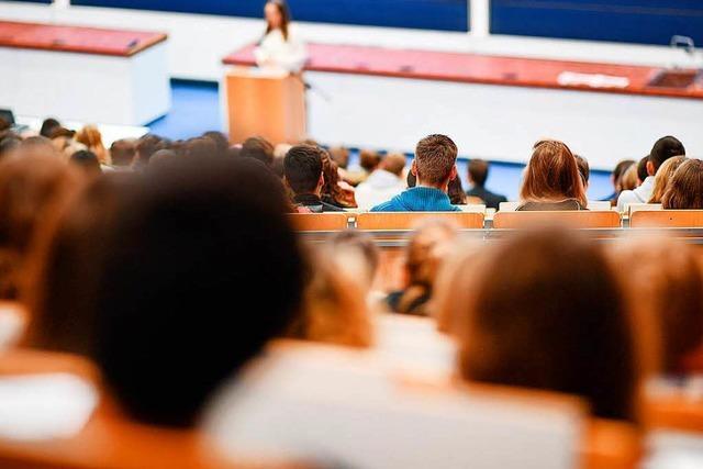 Landtag verabschiedet Studiengebühren für internationale Studenten