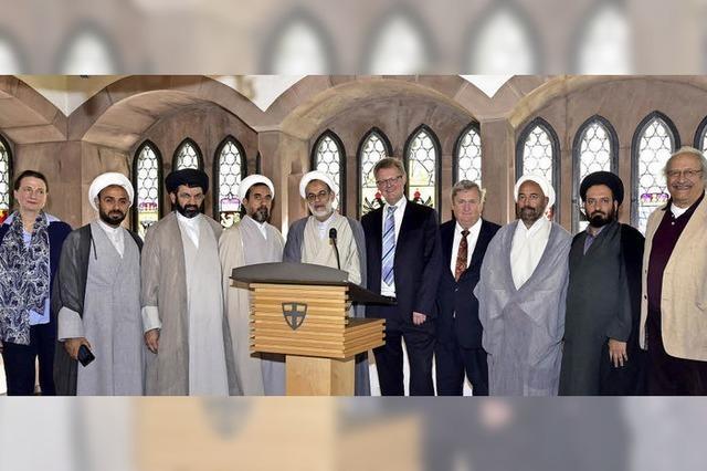 Hohe Geistliche aus Isfahan besuchen Freiburg