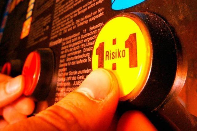 Acht Lokale angezeigt, weil an Karfreitag die Spielautomaten liefen