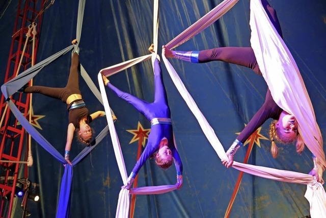 Schüler machen Zirkus