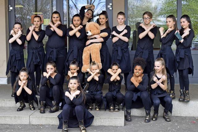 Erfolgreiche junge Tänzer