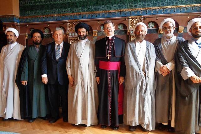 Schiitische Geistlichen aus Isfahan treffen den Erzbischof