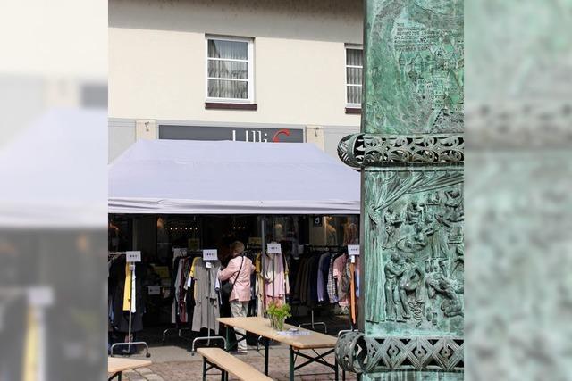 Händler geben erstes Stele-Fest