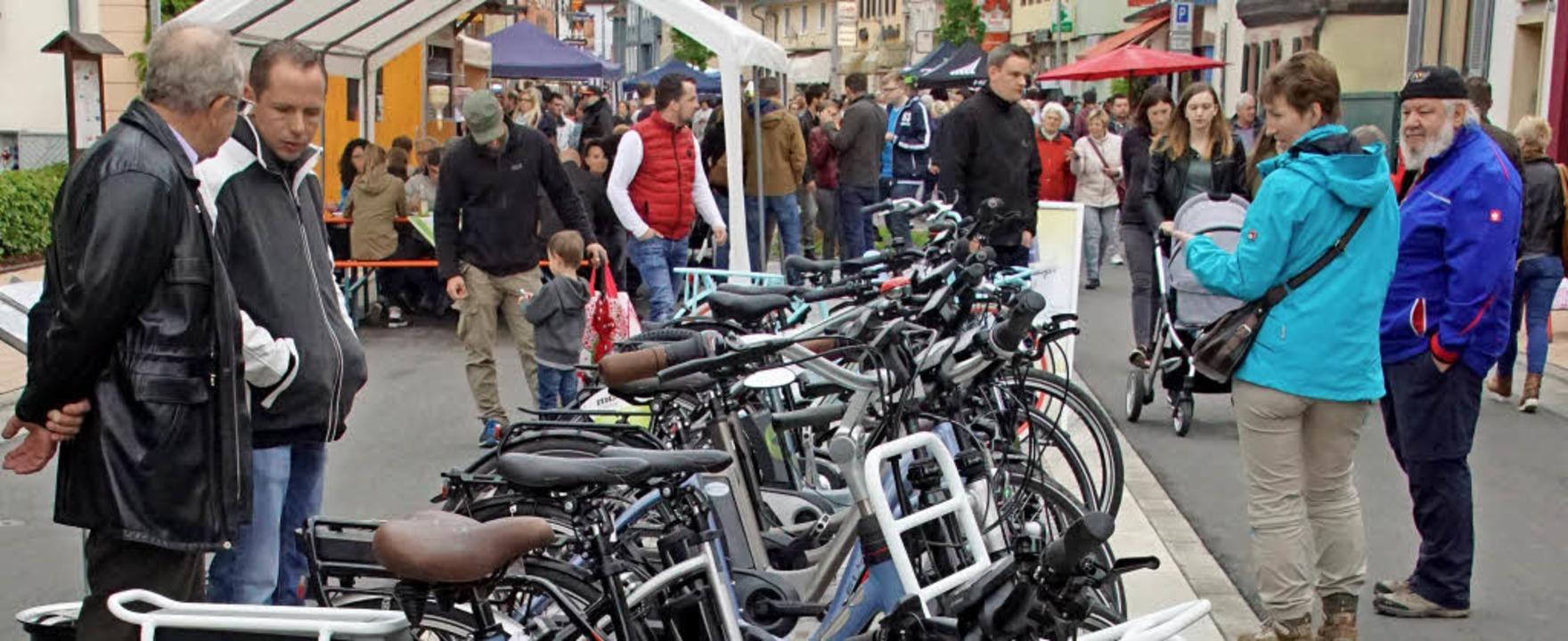 Rad- und Bikermarkt: Der Herbolzheimer...war am frühen Nachmittag gut besucht.     Foto: Ilona Hüge