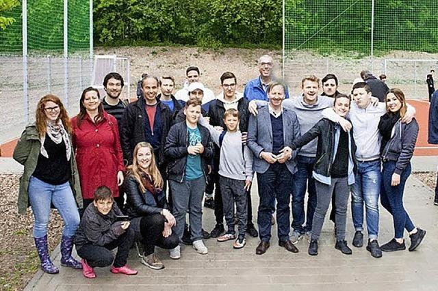 Neuer Bolzplatz als gelungenes Gemeinschaftswerk
