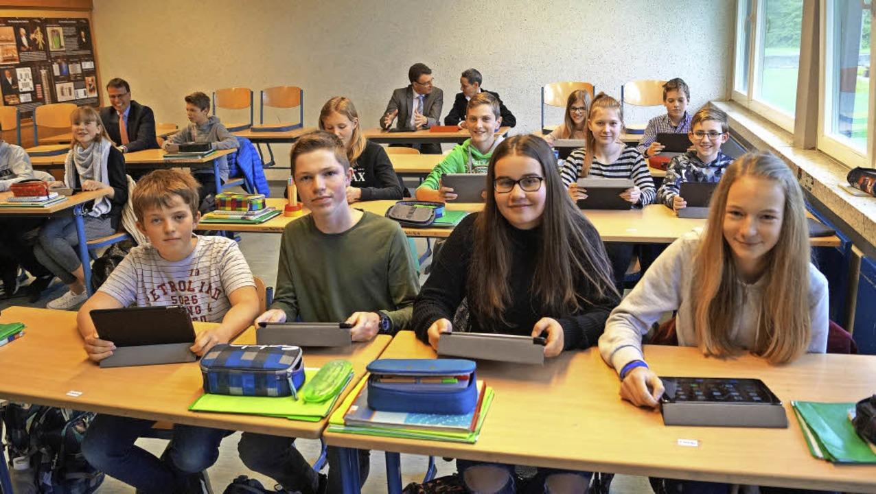 Der Einsatz von Tablets wird zurzeit i...bach-Gymnasium in Gengenbach erprobt.   | Foto: Christine Storck