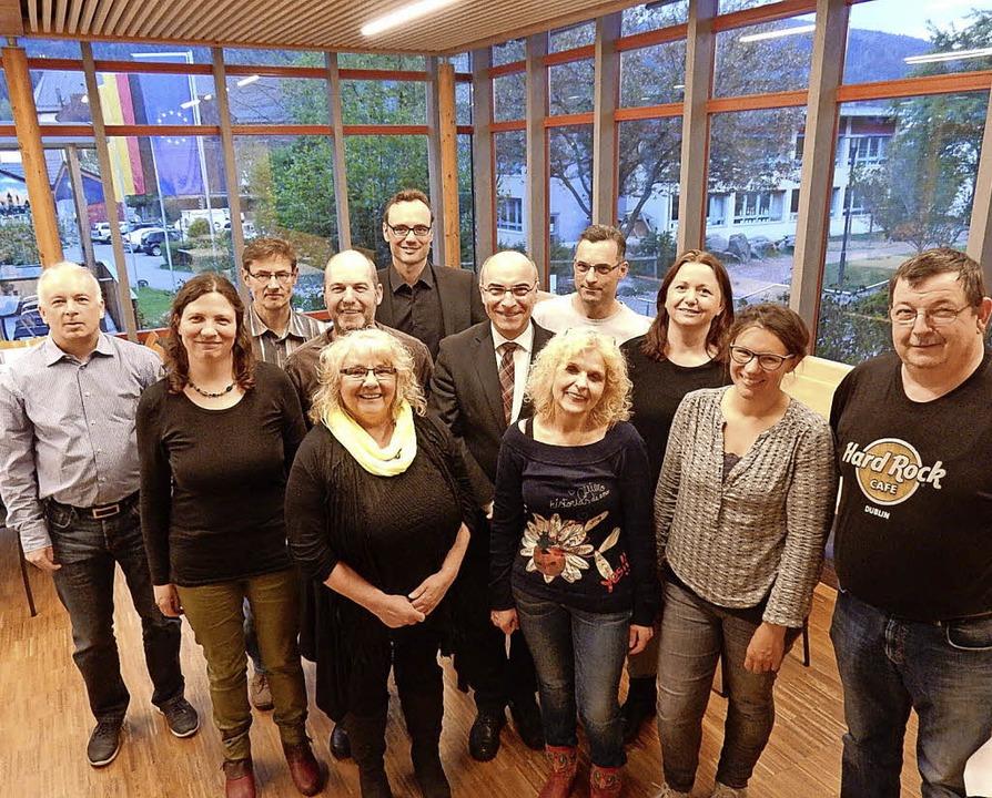 Auf weiterhin gute Zusammenarbeit freu...il neu besetzten Vorstand der IG Bad.     Foto: mkt