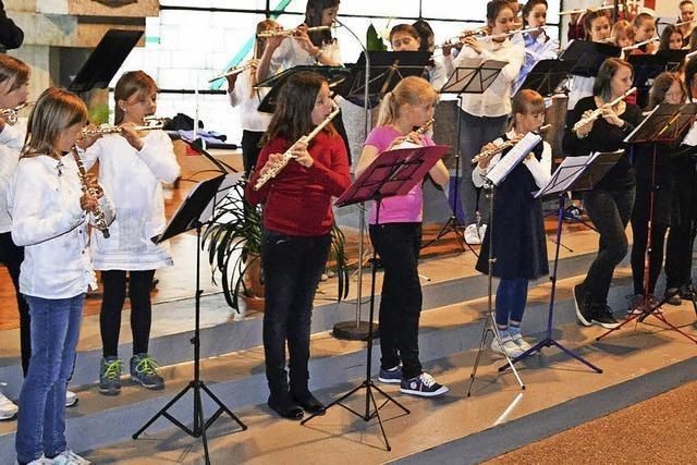 Mit Flöten nach Südamerika