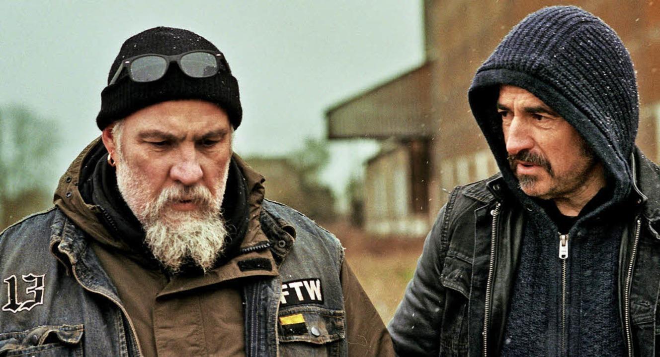Kopfgeldjäger  suchen ein Handy &#8211...ouli Lanners (links), Albert Dupontel   | Foto: kris dewitte