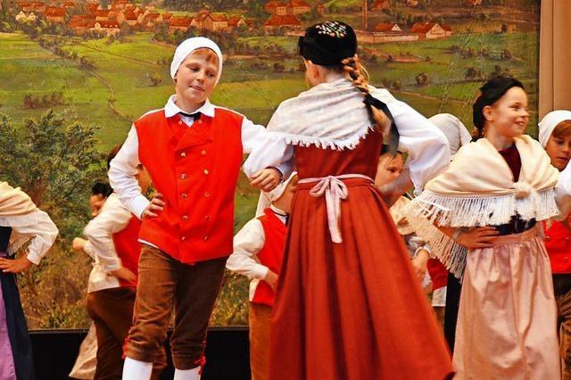 Vreneli und Hanseli tanzen, singen und rappen