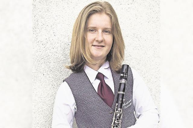 Emily Metzger im Trio beim Bundesfinale