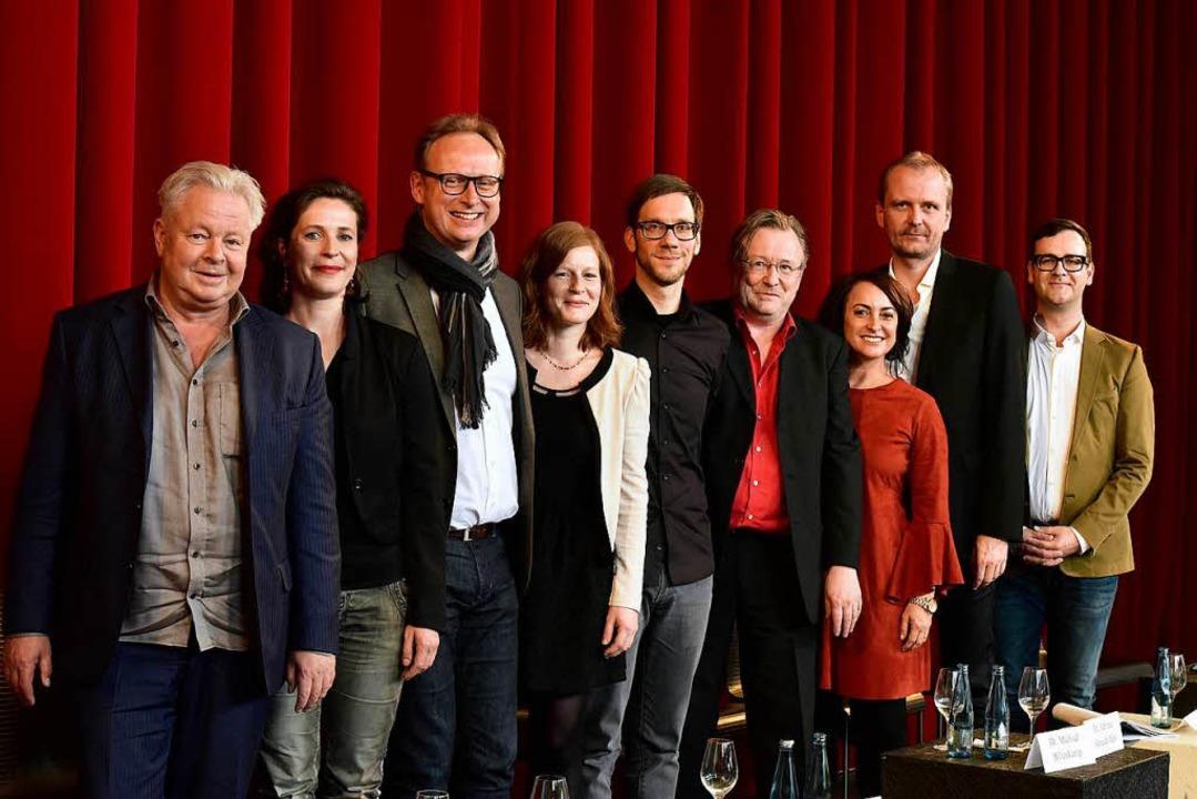 Sie sind die Neuen am Theater Freiburg...Pressesprecher Tim Lucas (von links)      Foto: Thomas Kunz