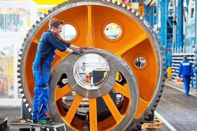 Deutsche Wirtschaft wächst kräftig – Inflation zieht wieder etwas an – Debatte um Investitionen