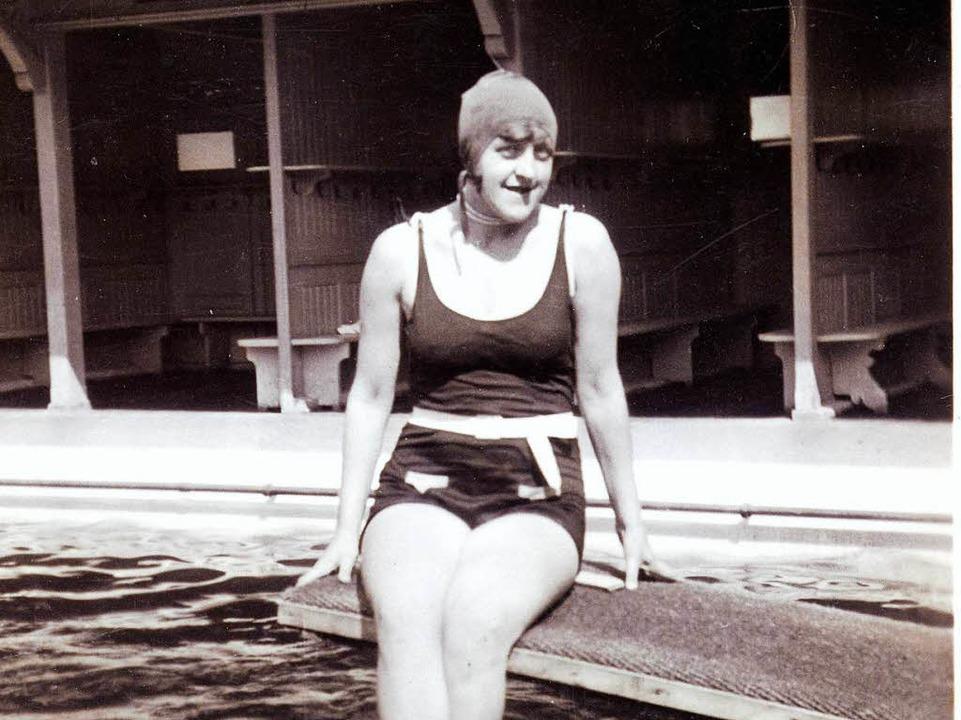 Eine Schwimmerin im Damenbad  | Foto: privat