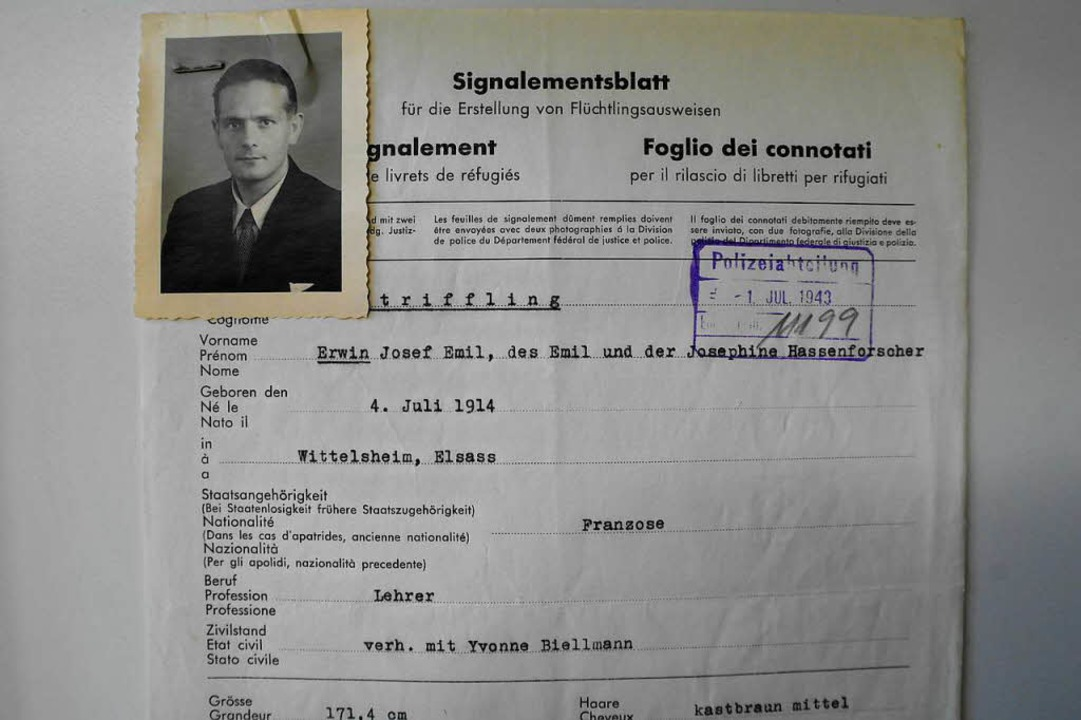Erwin Striffling nach seiner erfolgreichen Flucht in die Schweiz  | Foto: Ulrich Tromm