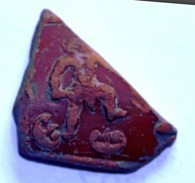 Krieger mit Kurzschwert auf einer   Keramikscherbe    Foto: horst david