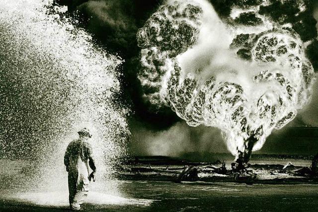 Sebastião Salgado beeindruckende Fotos vom brennenden Öl