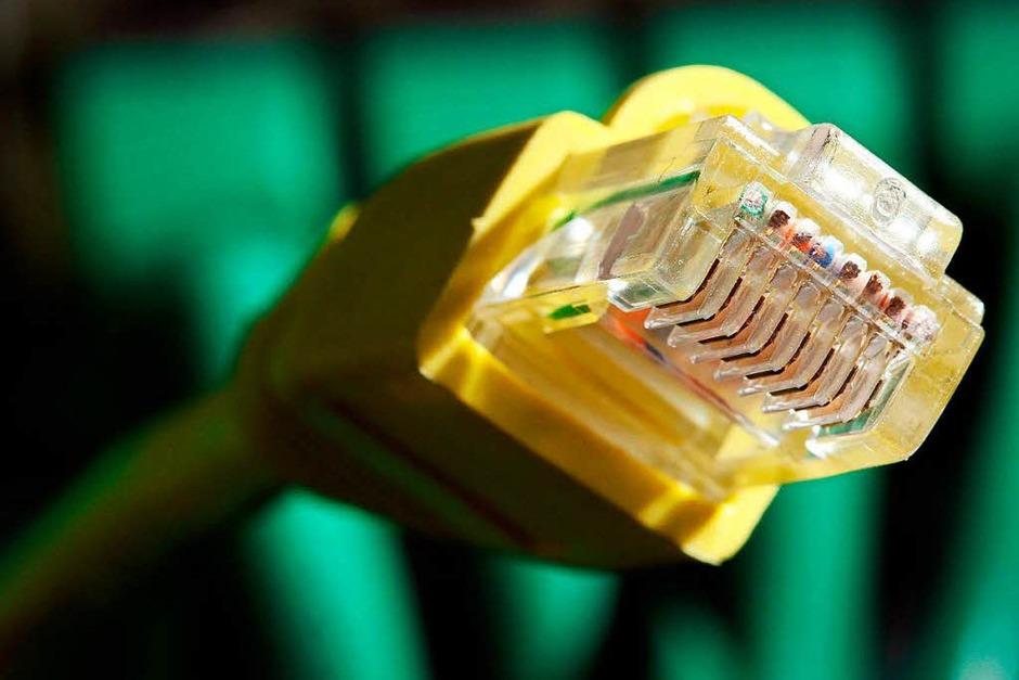 Netzneutralität: Verstöße gegen die Gleichbehandlung von Daten bei der Übertragung im Internet werden in Zukunft durch die Bundesnetzagentur geahndet. Sie kann bei Verstößen Bußgelder bis zu 500 000 Euro verhängen. (Foto: dpa)