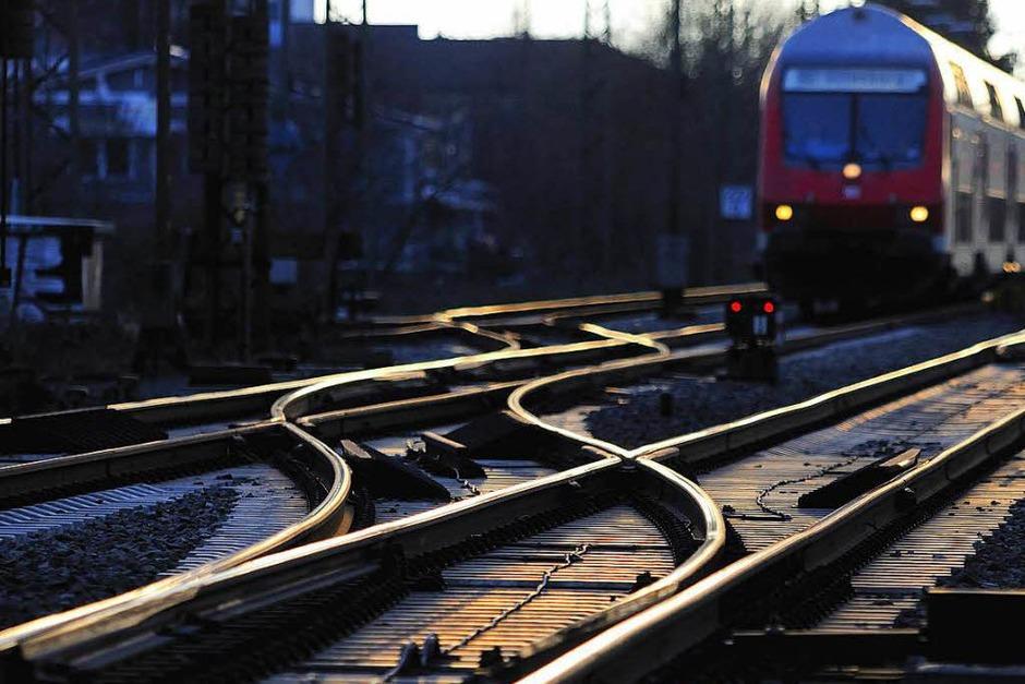 Schienenlärm: Für laute Güterwagen gilt ab Ende 2020 ein Fahrverbot auf deutschen Schienen. Ein neues Gesetz legt einen Grenzwert für Schallemissionen fest, den Güterzüge nicht überschreiten dürfen. Bei Verstößen gegen das Fahrverbot drohen bis zu 50 000 Euro Strafe. (Foto: Siegfried Gollrad)