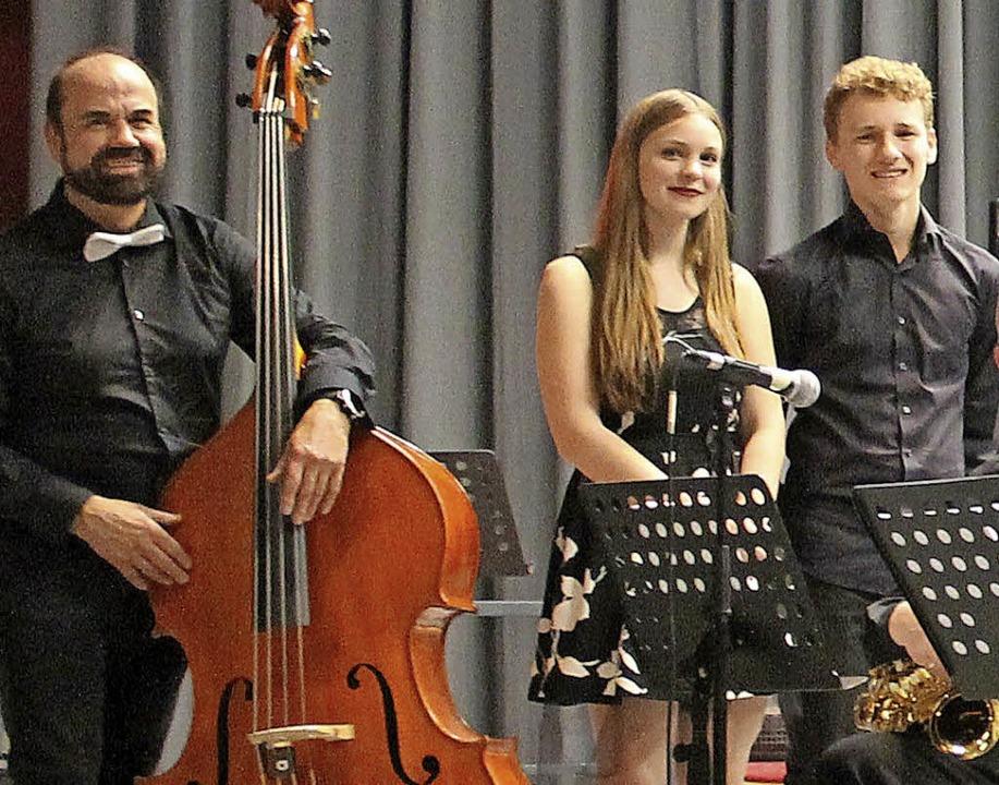 Die Big-Band-Formation um  Leiter Klau... von  Julia Lauber  und Max Schuchter.  | Foto: Michelle Güntert
