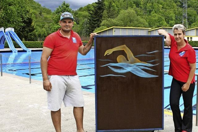 Künstlerin als zweite Bademeisterin