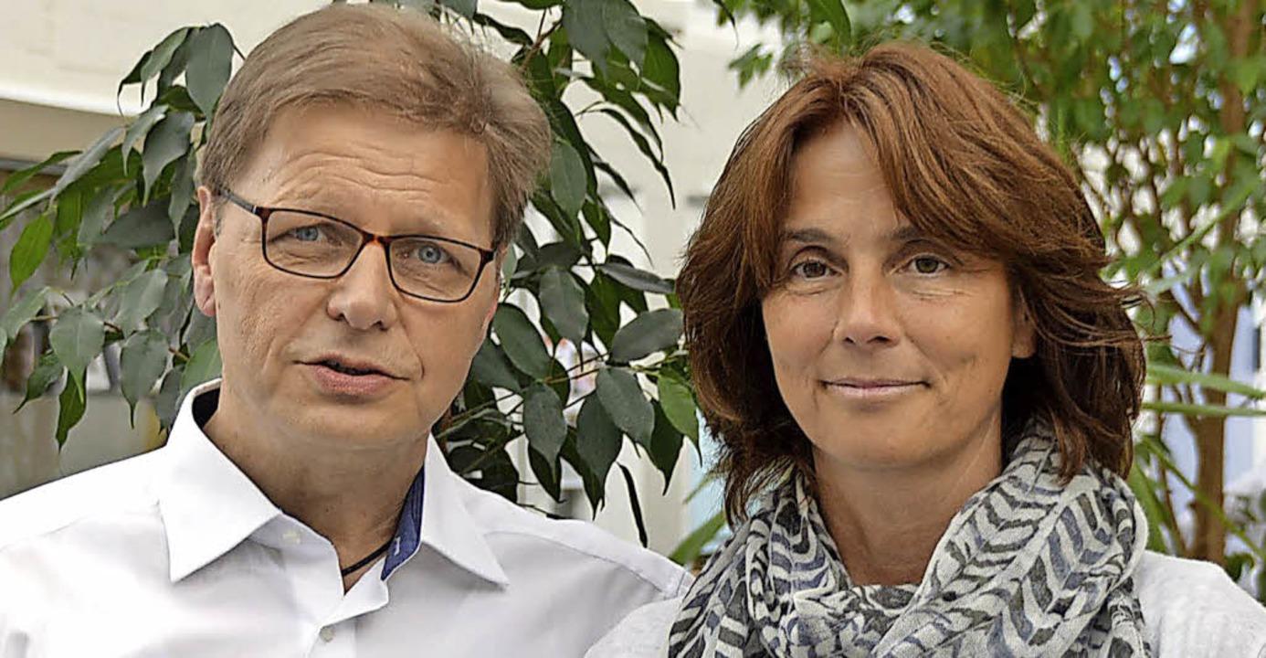 Zweiter Vorsitzender Manfred Müllers u... Dumont wurden auf zwei Jahre gewählt     Foto: Horatio Gollin